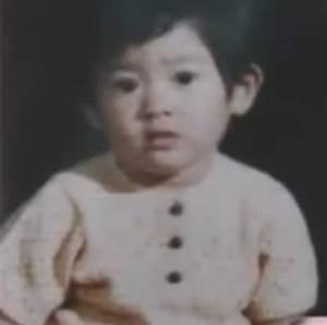 篠原涼子さん2歳のころ