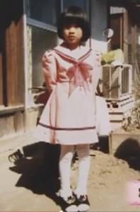 篠原涼子さん小学校上がる前かな