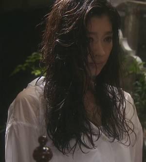 雨もしたたるオトナ女子の中原亜紀(篠原涼子)さん「リネンカシュクールシャツ」