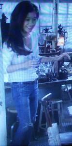 オトナ女子中原亜紀(篠原涼子)の衣装[デニムジーンズ]着用画像1