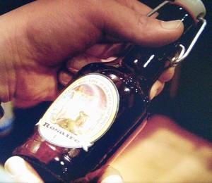 香取慎吾が自宅にて修道院で作っているベルギービール[Rosaire]をよく飲んでいる