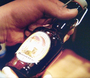 永里大介(香取慎吾)のビール専用冷蔵庫の修道院で作っているベルギービール[Rosaire]