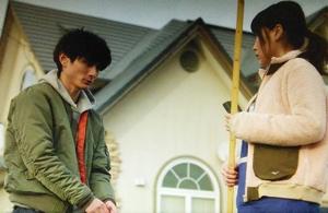 いつかこの恋を思い出してきっと泣いてしまう曽田練(高良健吾)の緑色ジャケット衣装3
