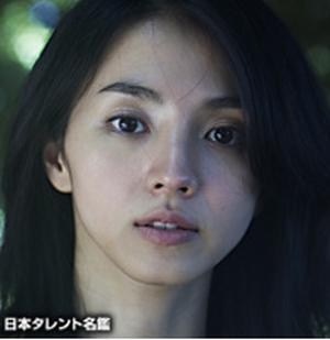 ドラマいつ恋の林田音(杉原音・有村架純)の母の声の「満島ひかり」さん
