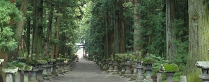 家族ノカタチロケ地で永里大介(香取慎吾)が自転車で行ったパワースポットの神社1