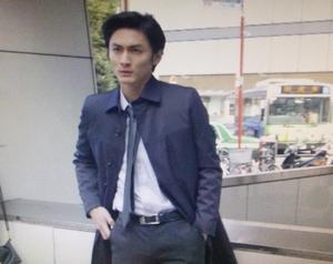 いつ恋6話スマートリクルーティングにて、仕事中の曽田練(高良健吾)
