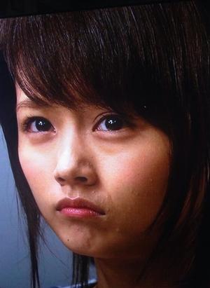 お若い頃の有村架純さん?ぶつぶつ肌荒れがひどいようです。