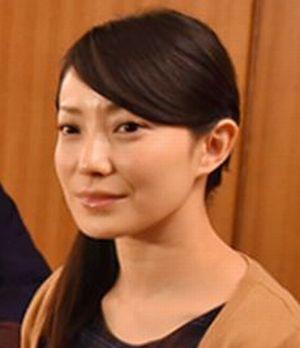 ドラマお迎えデス。キャストの玲子(れいこ)。役者は菅野美穂(かんのみほ)