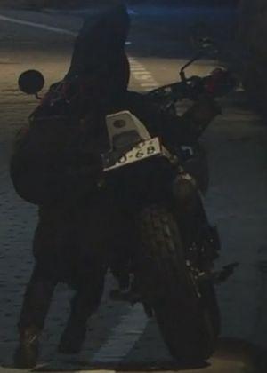 月9ラヴソング佐野さくら/藤原さくらのバイク画像3