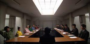 GSG(極楽送迎)の一課と二課の会議。一課死神のシノザキと二課のナベシマ・ゆずこといがみ合い1
