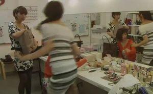 月9ドラマラブソング5話中村真美(夏帆かほ)がキャバクラの仕事を辞める際同僚が立ち去る