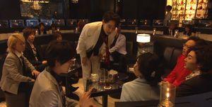 ドラマお迎えデス3話中村亮二(中村君)はホストクラブに体験入店。堤円(福士蒼汰)も一緒にホストで働くことに