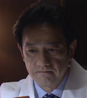 ドラマお迎えデス5話月見ヶ丘総合病院の阿熊幸の父親の山下寛(やましたひろし)院長先生