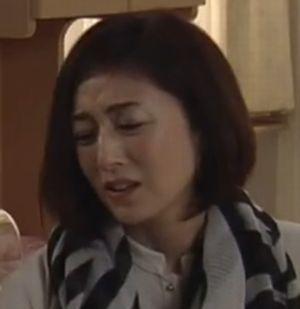 ドラマお迎えデス。の4,5話キャスト阿熊幸(土屋太鳳)の母親・阿熊久美子(高岡早紀)