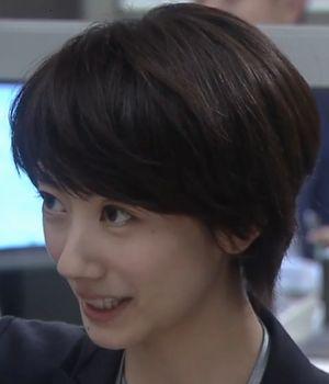 世界一難しい恋・モデル・女優の波瑠(はる)のショートヘアの髪型画像3