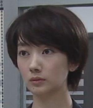 世界一難しい恋・モデル・女優の波瑠(はる)のショートヘアの髪型画像4