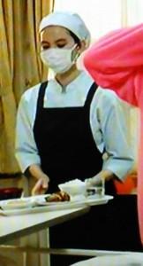 お迎えデス第5話黒い・黒巫女の服を着ていない、看護婦・看護師姿の魔百合(まゆり)は比留川游が演じている2