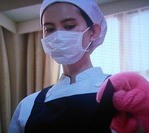 お迎えデス第5話黒い・黒巫女の服を着ていない、看護婦・看護師姿の魔百合(まゆり)は比留川游が演じている3