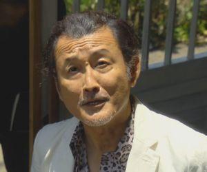 好きな人がいること第1話でレストランSeaSons(しーずんず)にやってきた東村了