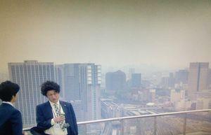 ドラマHOPE期待ゼロの新入社員初回第1,2話ロケ地で一ノ瀬歩達のインターン会社「与一物産」の屋上3