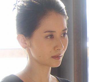秘書・麗子~演:河井青葉
