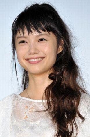 宮崎あおいさん~熱愛彼女として熱愛報道されました
