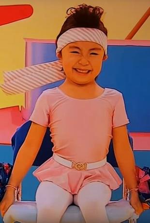 NHK幼児・子供向け番組みいつけた「おっす!イスのおうえんだん」。新井美羽ちゃんは、なんとなく左の子かな??2