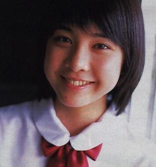 中学生の頃?の竹内結子さんの画像