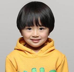 日テレドラマ母になる柏崎広(かしわざぎこう)…3歳男の子供【役者は子役の吉武歓(よしたけかん)くん】誘拐前の乳幼児期・幼少期