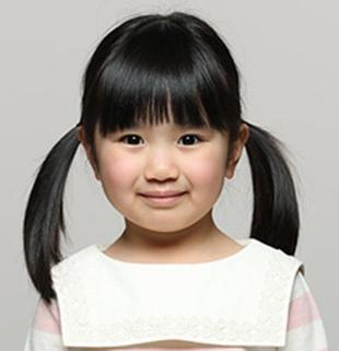 日テレドラマ母になる西原繭(にしはらまゆ)…3歳女の子供【役者は子役の宝辺花帆美(たからべかほみ)ちゃん】柏崎広と同じ幼稚園
