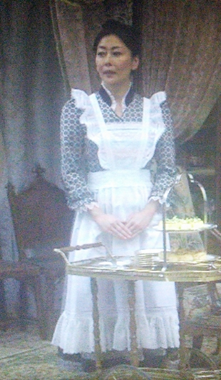 劣化がひどいキツイと不評な、田中・中山美穂さんのメイド服画像-ドラマ貴族探偵キャスト5