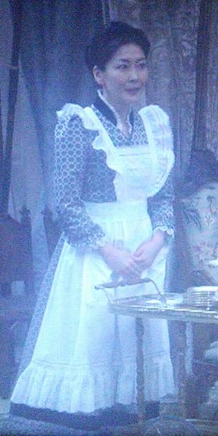 劣化がひどいキツイと不評な、田中・中山美穂さんのメイド服画像-ドラマ貴族探偵キャスト6