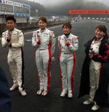 山本尚貴を奪い合った?狩野恵里アナと青木愛、テレ東系のSUPER GT+のMCツーショット写真画像!