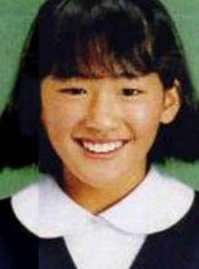 綾瀬はるかの小学校時代の卒アル写真画像
