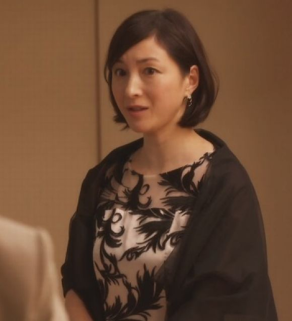 3人目のお子さん出産後の2017年月9ドラマ「貴族探偵」第7話のゲスト出演時の広末涼子の画像